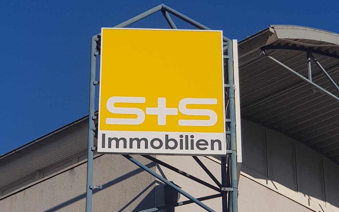 S+S Immobilien Werbetafel